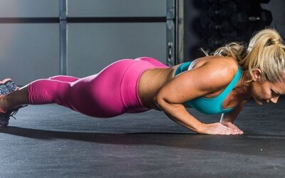 10 Of The Best Chest Exercises For Women